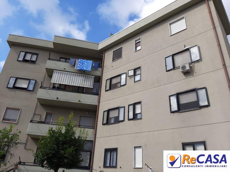 Appartamento in vendita a Bellizzi, 3 locali, zona Località: Centro, prezzo € 125.000 | CambioCasa.it