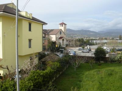 Bifamiliare in Vendita a Montecorvino Pugliano