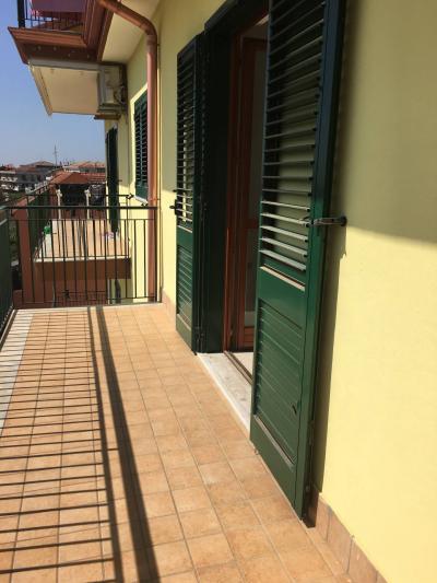 Appartamento in Affitto a Montecorvino Rovella