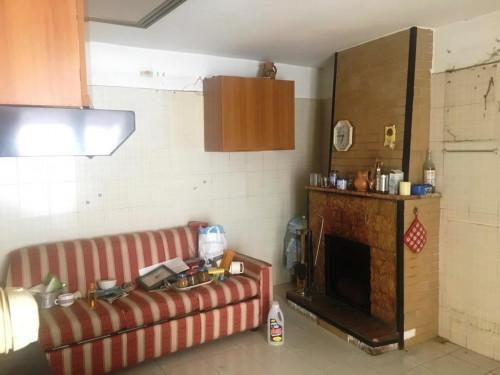 Porzione di casa in Vendita a Montecorvino Pugliano