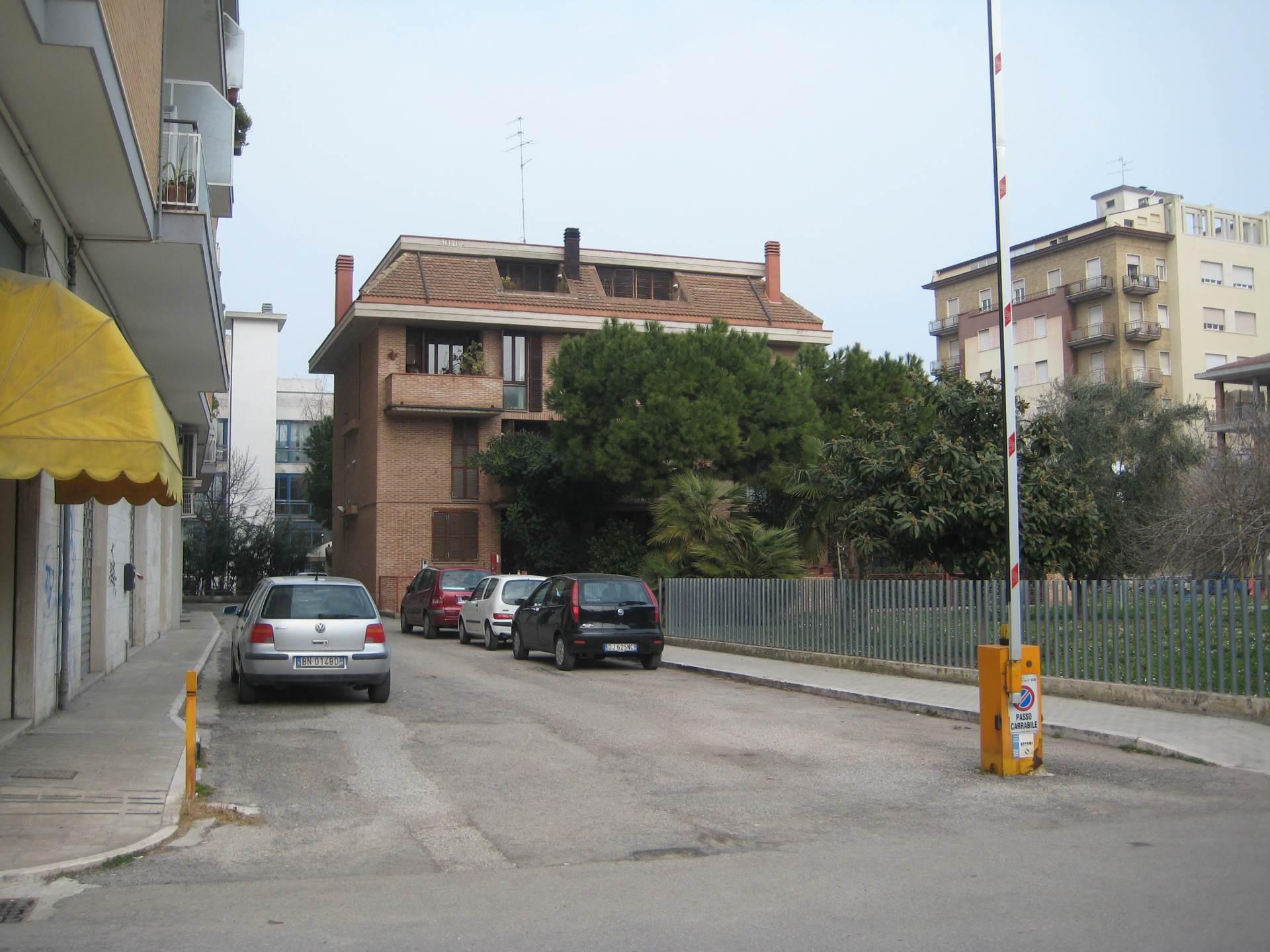 Bilocale San Benedetto del Tronto Via Asiago 9