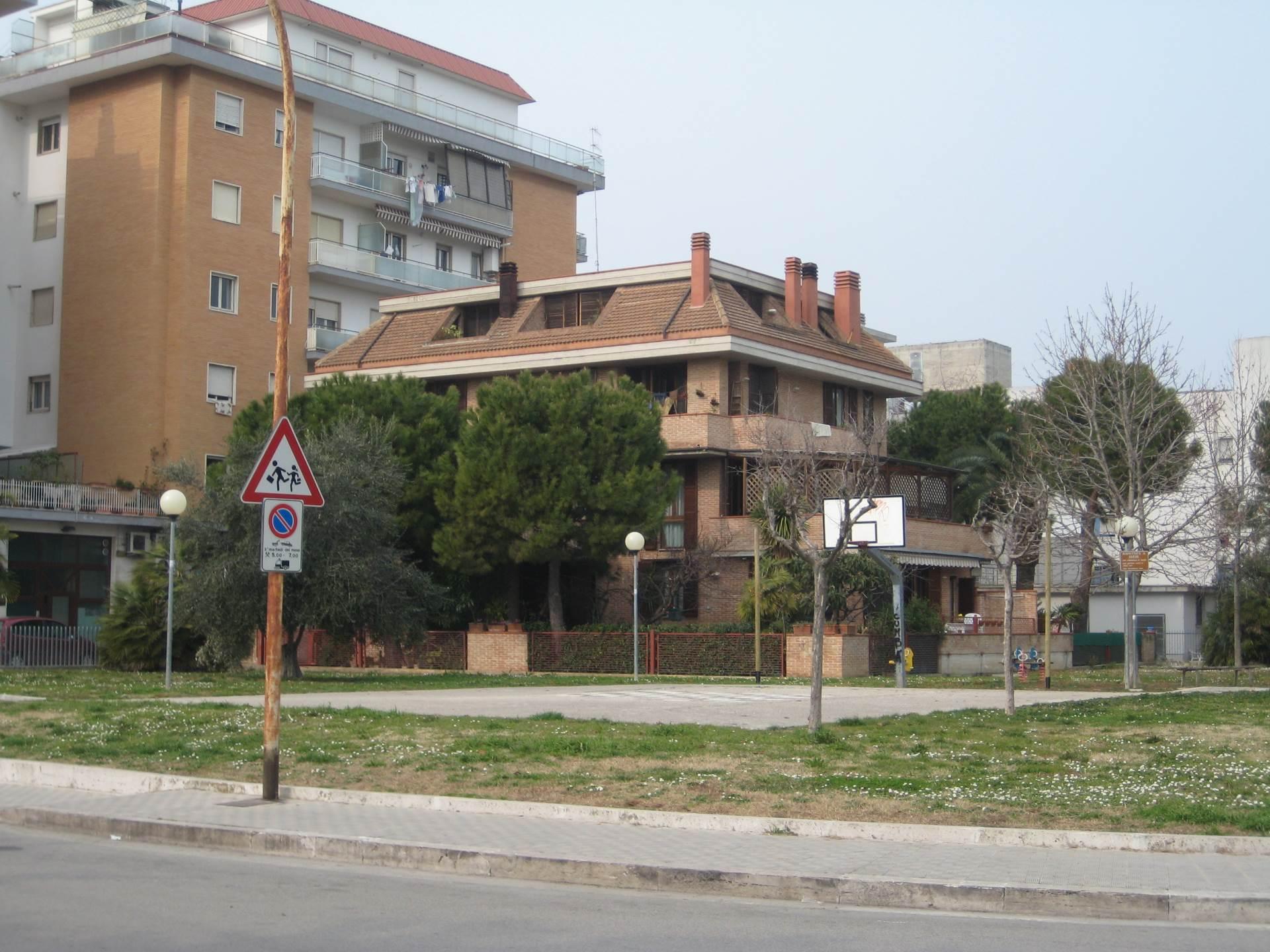 Bilocale San Benedetto del Tronto Via Asiago 10