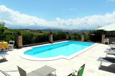 Resort - Residence in Vendita a Acquaviva Picena