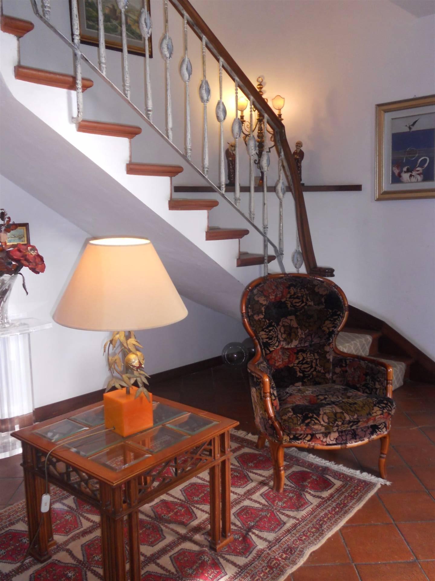 Villa in vendita a Montespertoli, 6 locali, Trattative riservate | Cambio Casa.it