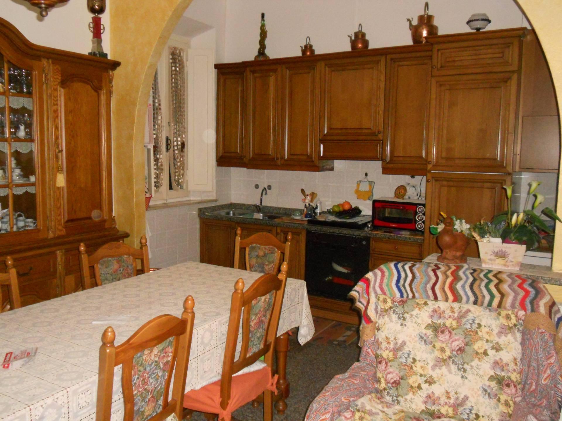 Soluzione Indipendente in vendita a Castelfranco di Sotto, 5 locali, prezzo € 100.000 | Cambio Casa.it