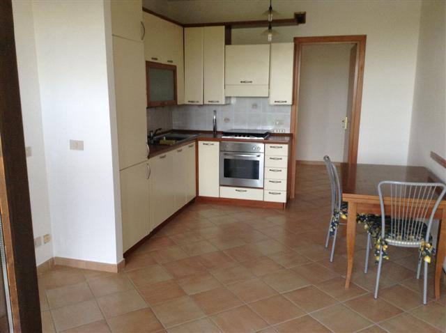 Appartamento in vendita a Calcinaia, 3 locali, prezzo € 173.000   CambioCasa.it