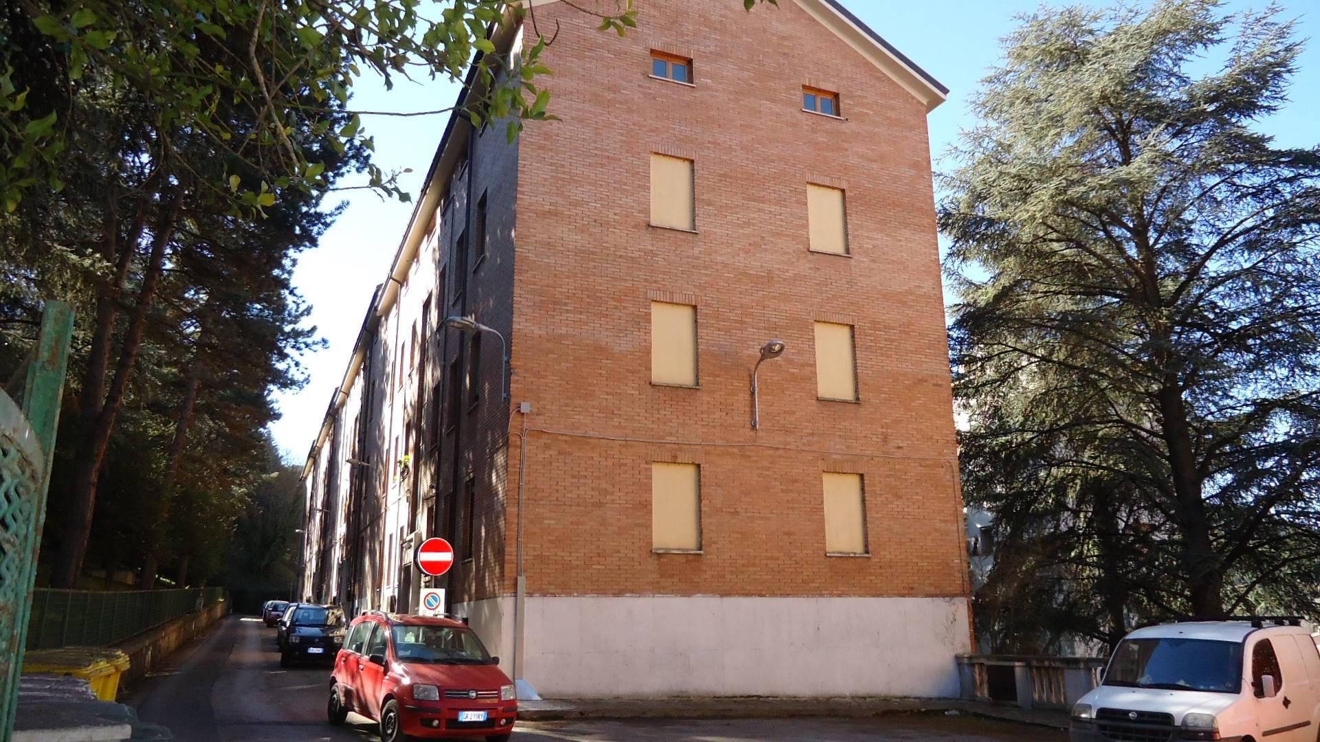 Attico / Mansarda in vendita a L'Aquila, 3 locali, zona Località: Centrostorico, prezzo € 70.000 | Cambio Casa.it