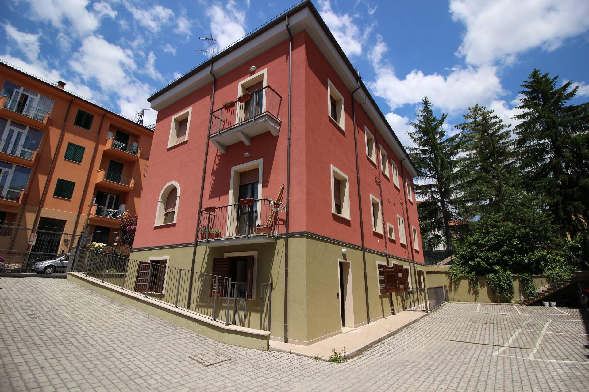 Appartamento a L'aquila (L'Aquila) in Vendita