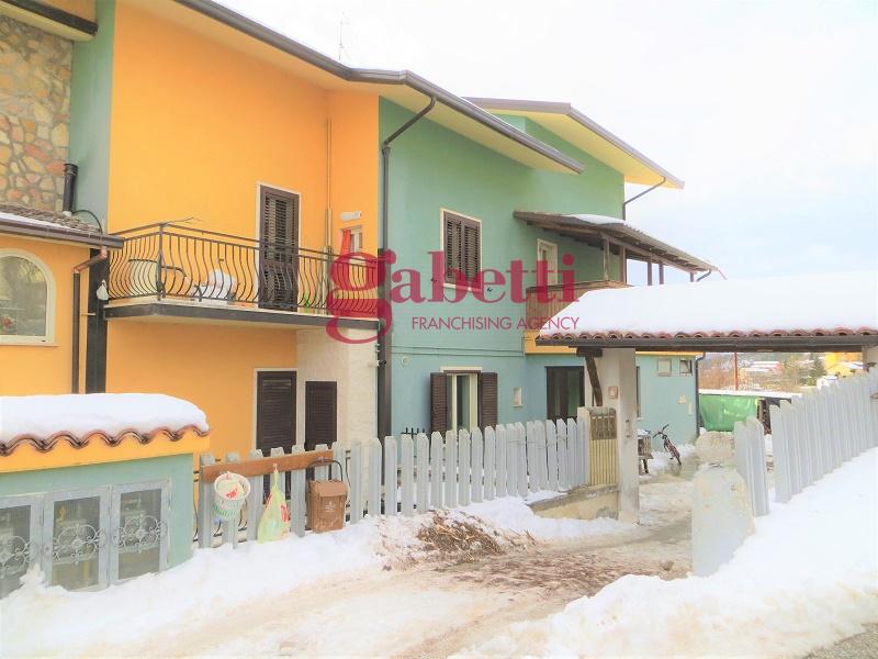 Appartamento in vendita a Barisciano, 4 locali, zona Località: Picenze, prezzo € 115.000 | PortaleAgenzieImmobiliari.it