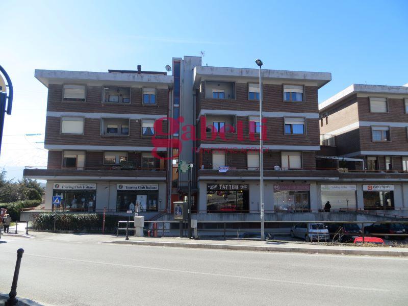 Appartamento in vendita a L'Aquila, 4 locali, zona Località: SanFrancesco, prezzo € 160.000 | PortaleAgenzieImmobiliari.it