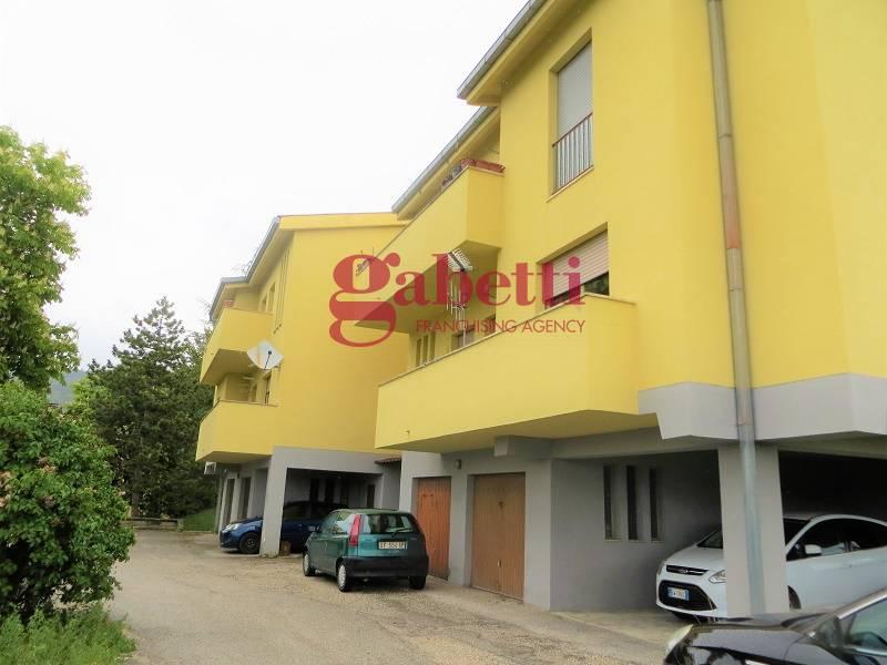 Appartamento in vendita a L'Aquila, 4 locali, zona ione, prezzo € 85.000 | PortaleAgenzieImmobiliari.it
