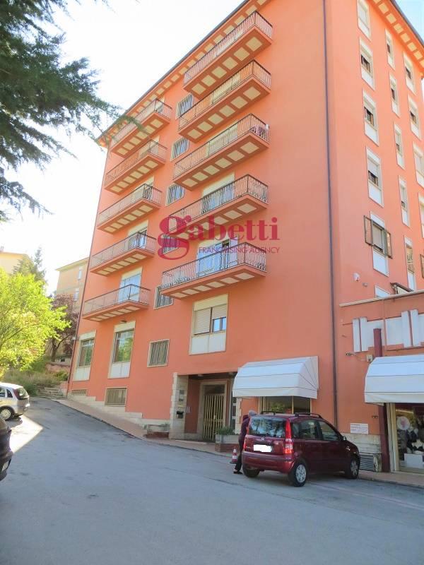 Appartamento in vendita a L'Aquila, 4 locali, zona ione, prezzo € 145.000 | PortaleAgenzieImmobiliari.it