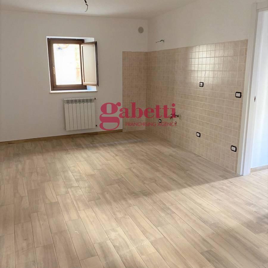 Altro in vendita a Sant'Eusanio Forconese, 3 locali, zona Zona: Casentino, prezzo € 32.000 | CambioCasa.it