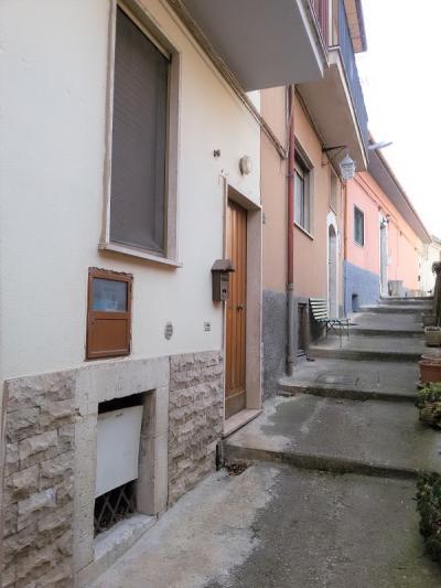 Casa Cielo Terra in Vendita a San Demetrio ne' Vestini