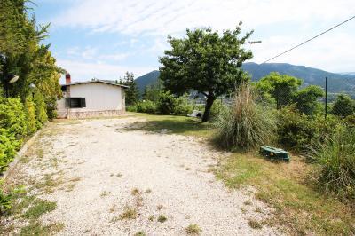 Casa singola in Vendita a Barete