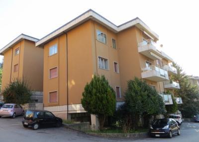 Garage o posto auto in Affitto a L'Aquila