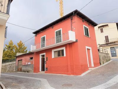 Casa Cielo Terra in Vendita a Barisciano