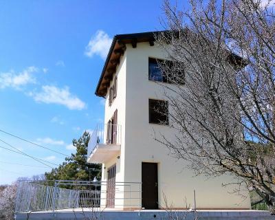 Casa singola in Vendita a Barisciano