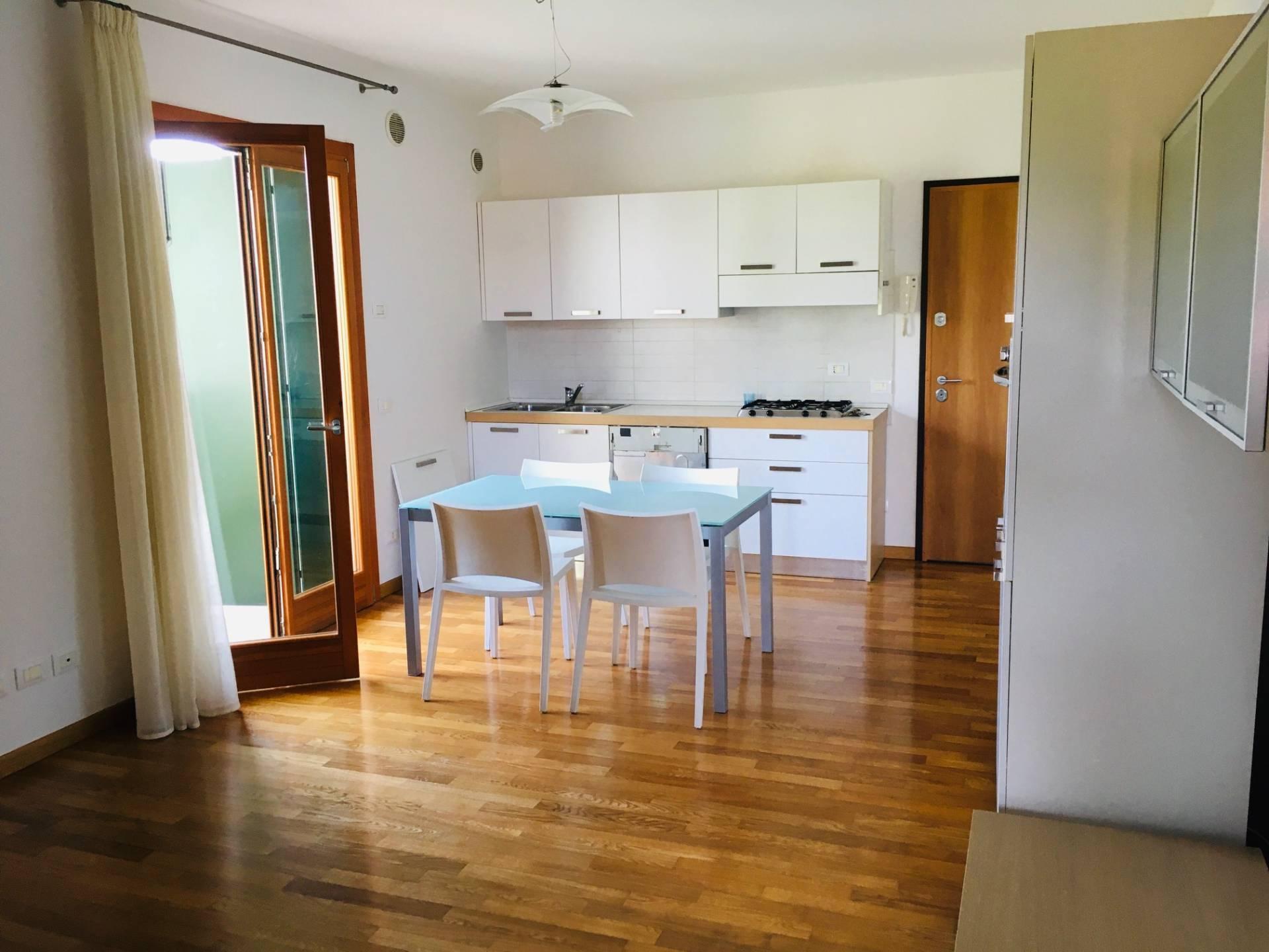 Appartamento in vendita a Quinto di Treviso, 3 locali, zona Località: Quinto, prezzo € 125.000   PortaleAgenzieImmobiliari.it