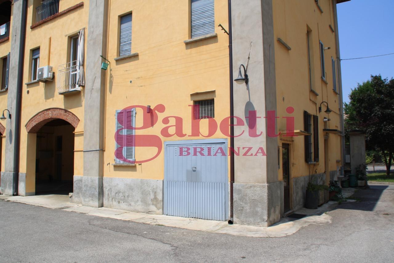 Bilocale Usmate Velate Via Milano 1