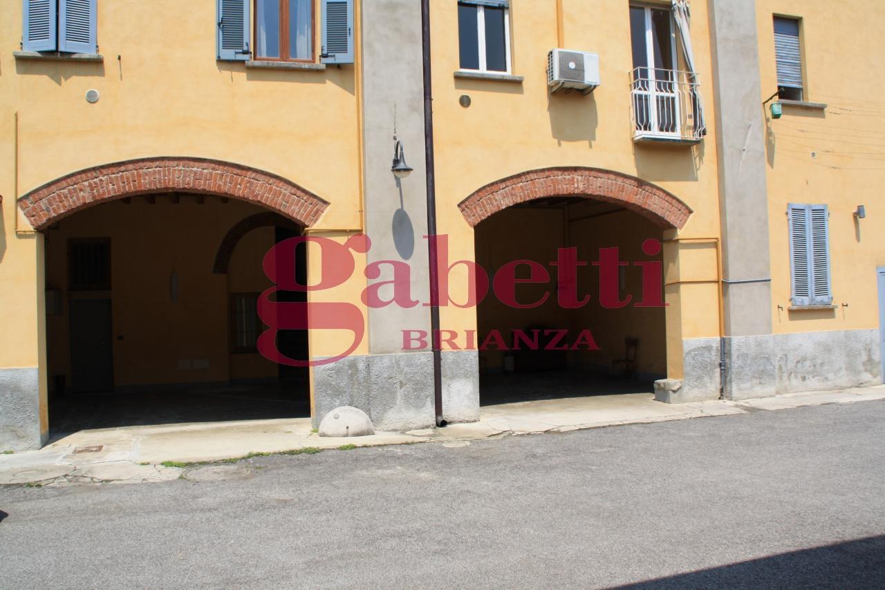 Bilocale Usmate Velate Via Milano 10