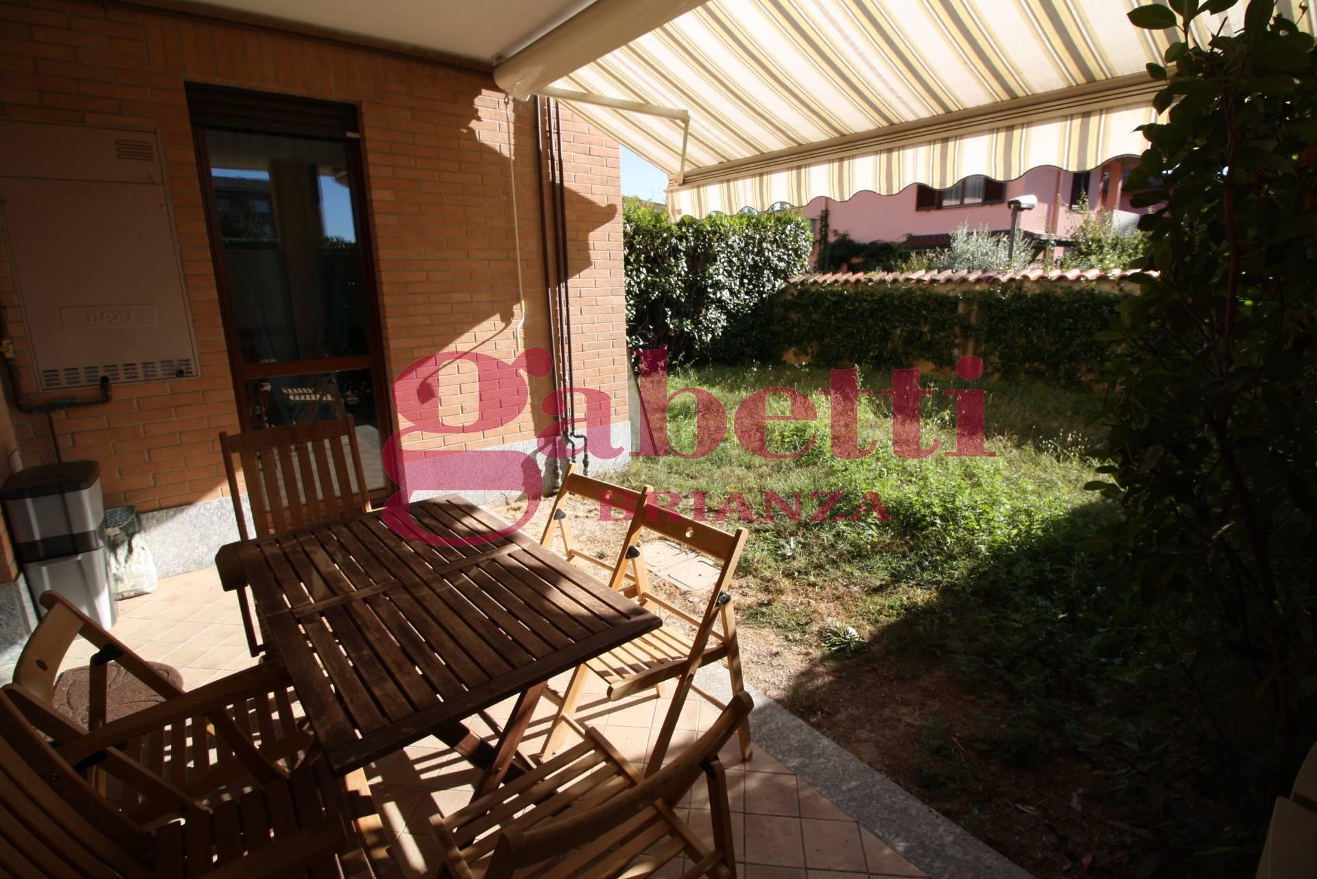 Appartamento in vendita a Arcore, 2 locali, prezzo € 115.000 | Cambio Casa.it