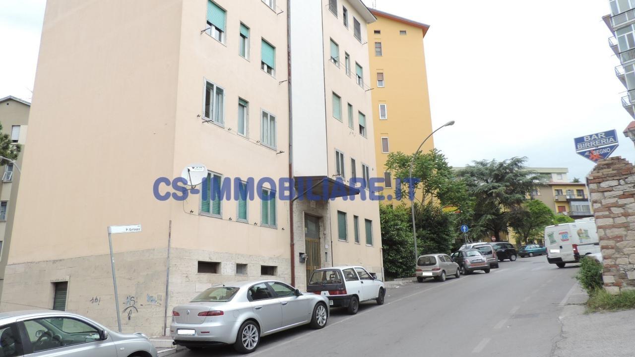 Appartamento in vendita a Potenza, 3 locali, zona Località: RioneLucania, prezzo € 85.000 | Cambio Casa.it