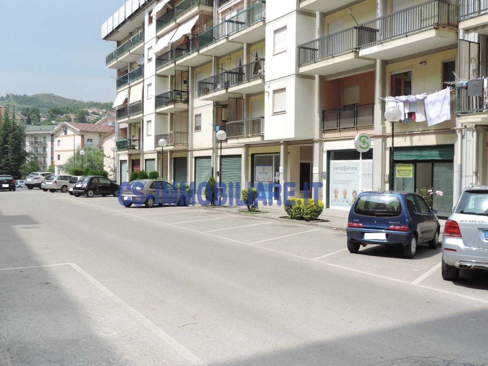 Negozio / Locale in affitto a Potenza, 9999 locali, zona Località: ViaMessina, prezzo € 450 | Cambio Casa.it