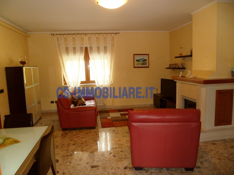 Appartamento in affitto a Potenza, 4 locali, zona Località: CostadellaGaveta, prezzo € 420 | CambioCasa.it