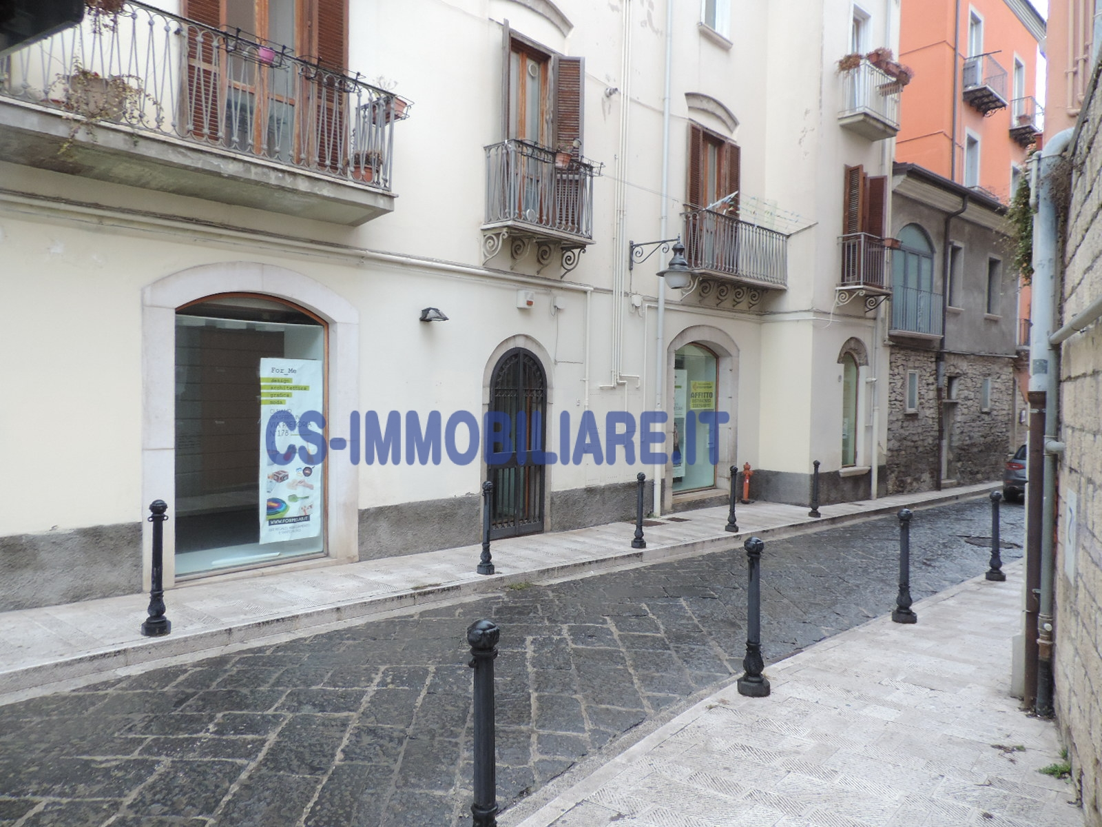 Negozio / Locale in affitto a Potenza, 9999 locali, zona Località: Centro, prezzo € 600 | Cambio Casa.it