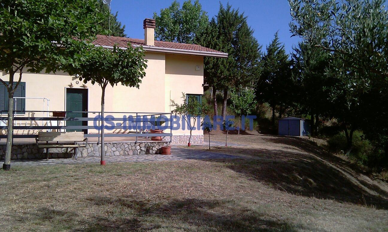 Villa in affitto a Picerno, 5 locali, prezzo € 400 | Cambio Casa.it