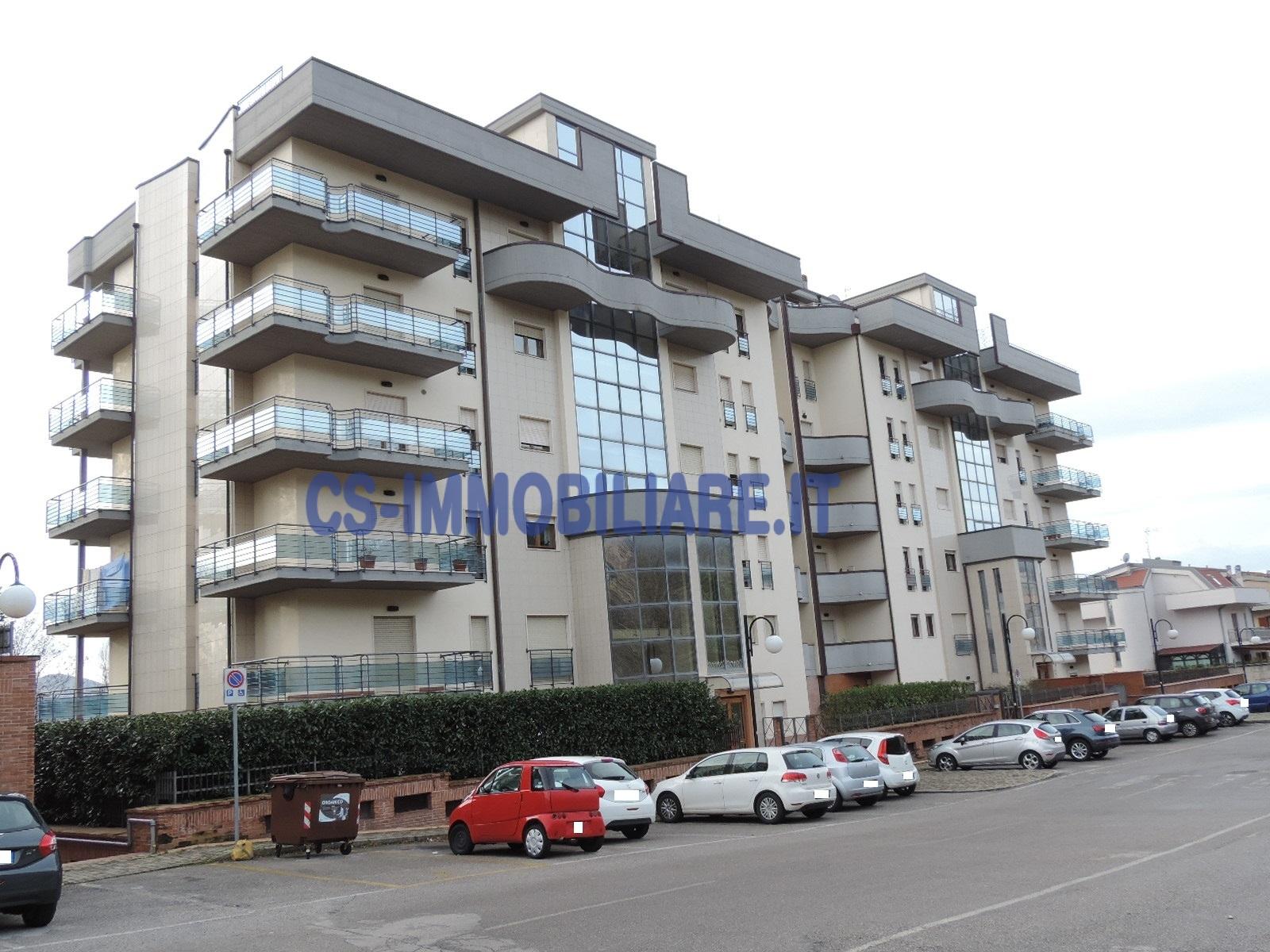 Appartamento, 154 Mq, Vendita - Potenza (Potenza)