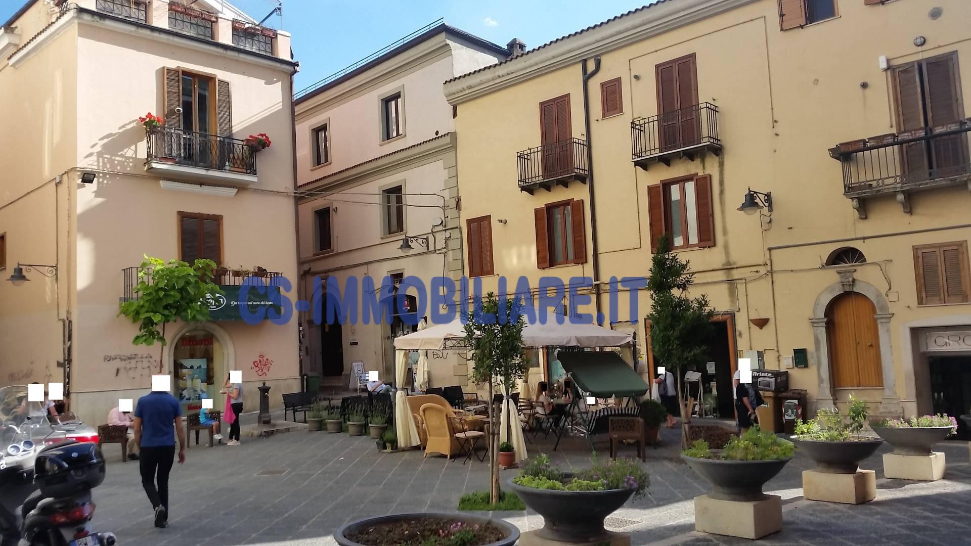 Ufficio / Studio in affitto a Potenza, 9999 locali, zona Località: Centro, prezzo € 800 | CambioCasa.it