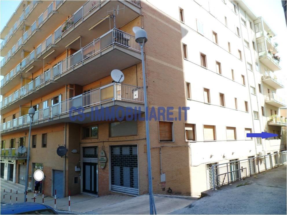 Appartamento in affitto a Potenza, 3 locali, zona Località: ViaMazzini, prezzo € 165 | CambioCasa.it