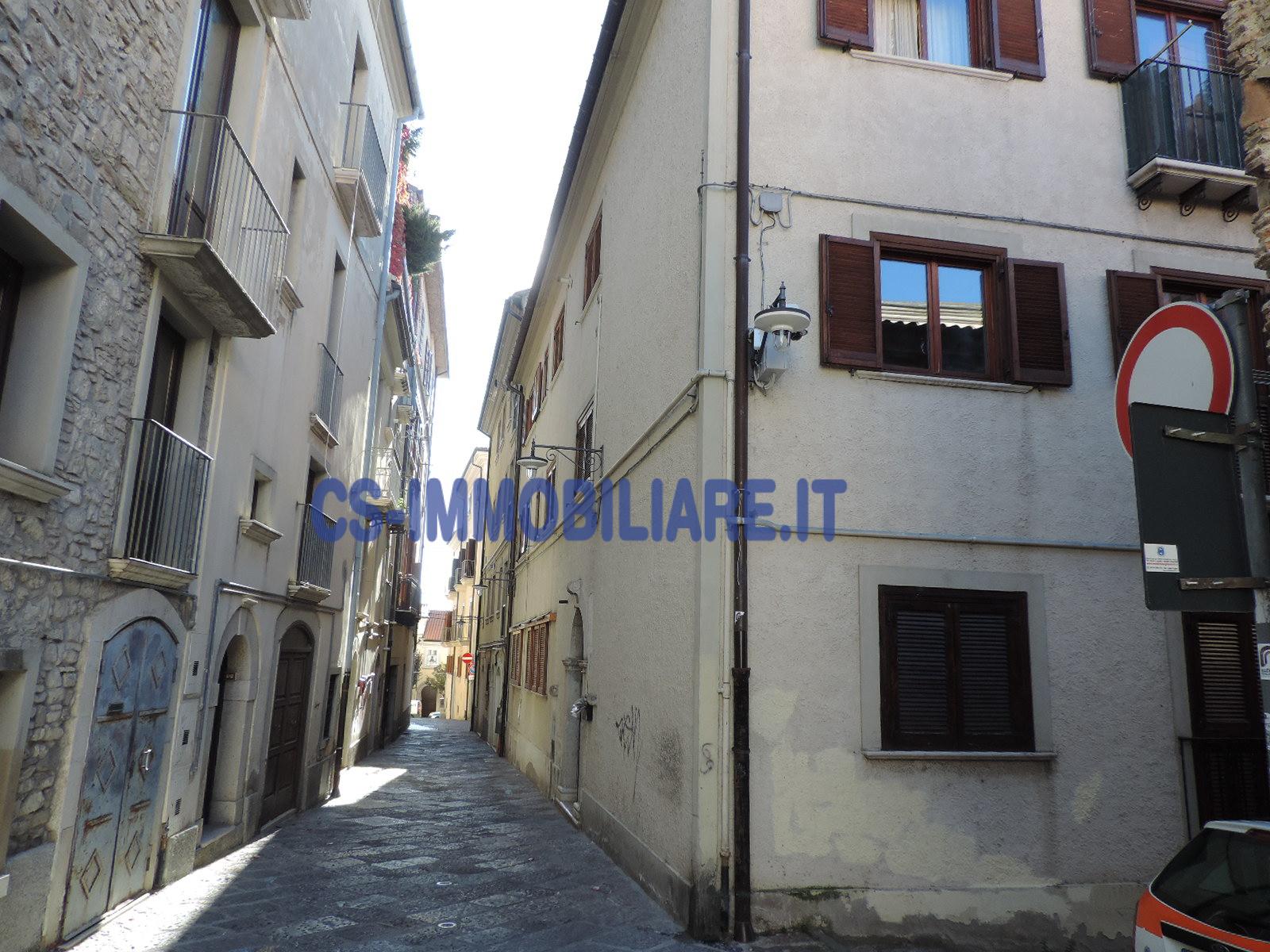 Appartamento in affitto a Potenza, 2 locali, zona Località: Centro, prezzo € 450 | CambioCasa.it