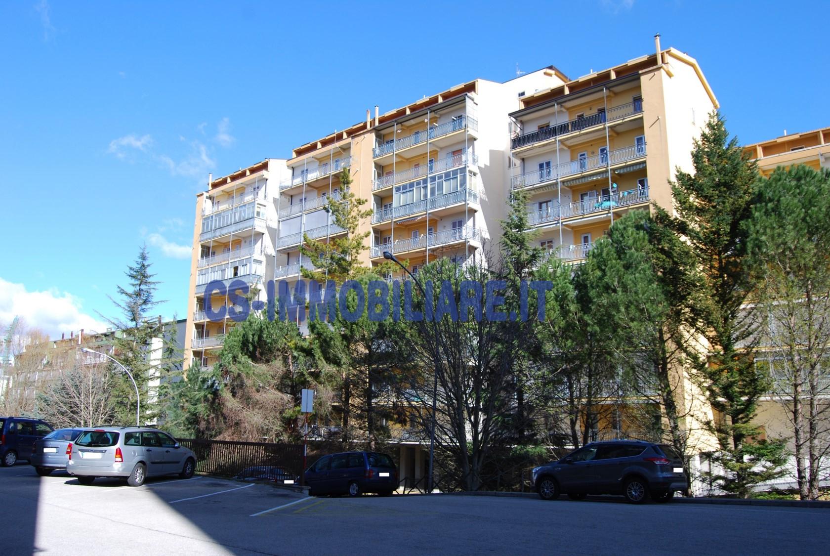Appartamento in affitto a Potenza, 5 locali, zona Località: PoggioTreGalli, prezzo € 450 | CambioCasa.it