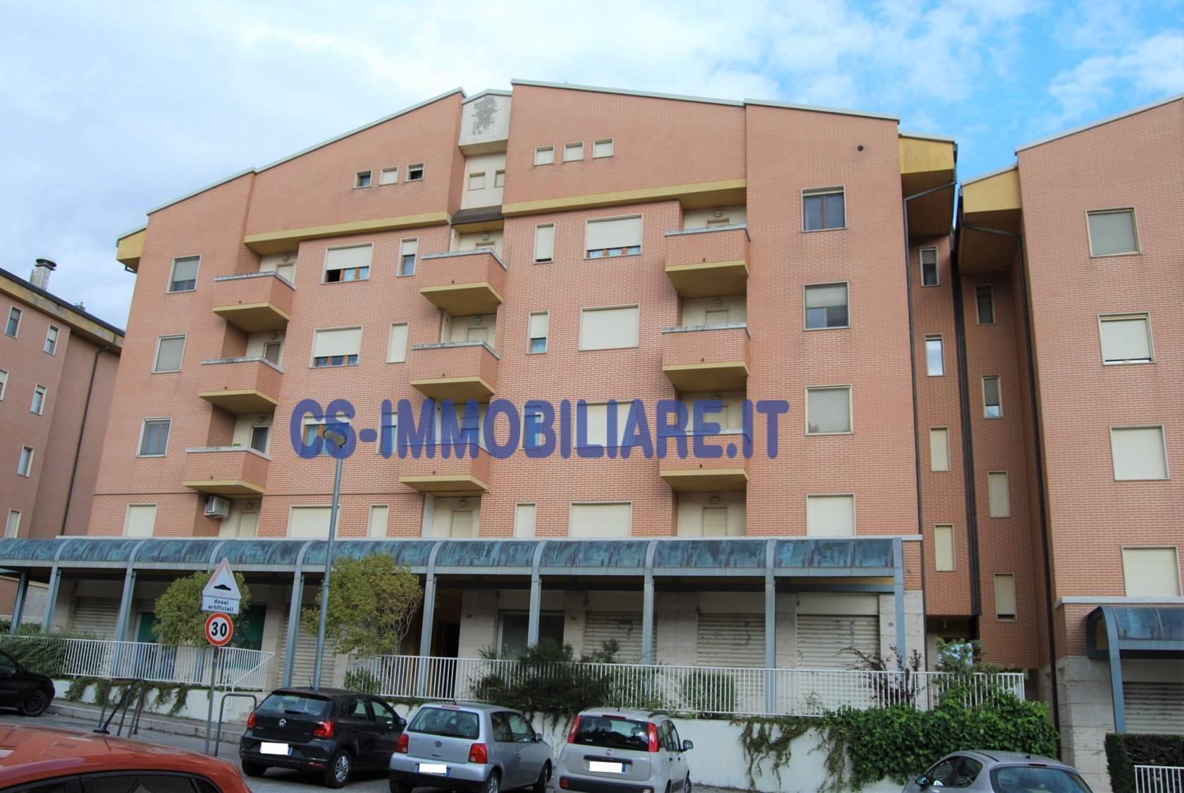 Appartamento in affitto a Potenza, 3 locali, zona Località: ZonaG, prezzo € 430 | CambioCasa.it