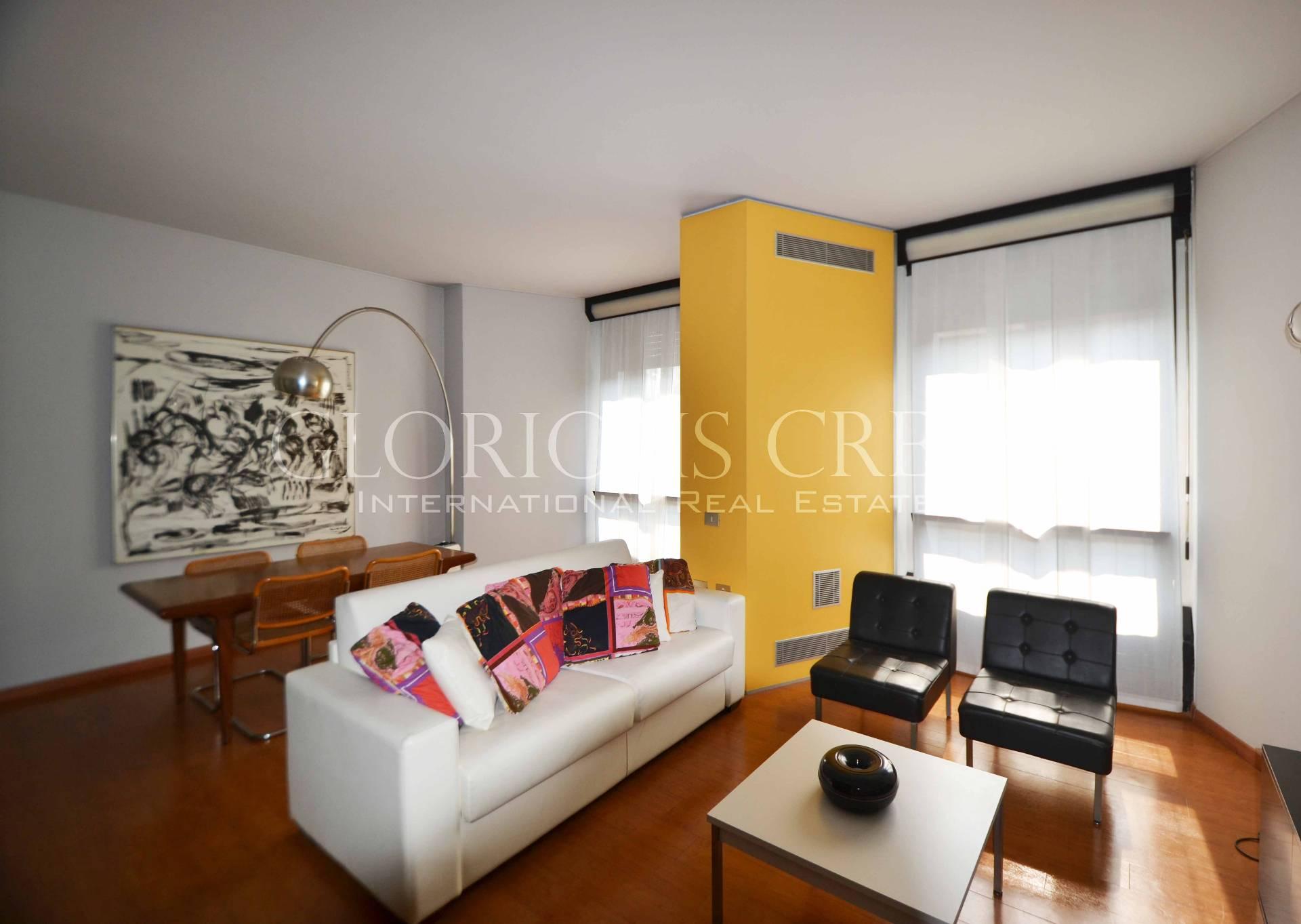 Milano | Appartamento in Affitto in Via Ippolito Nievo | lacasadimilano.it