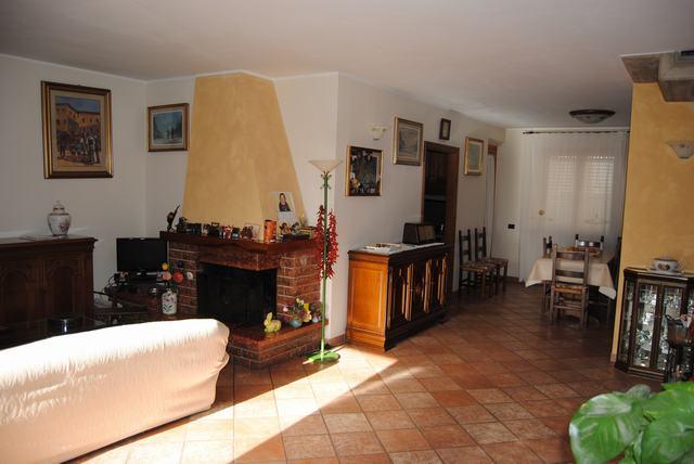 Villa in vendita a Cascina, 6 locali, zona Località: SanFredianoaSettimo, prezzo € 350.000 | Cambio Casa.it