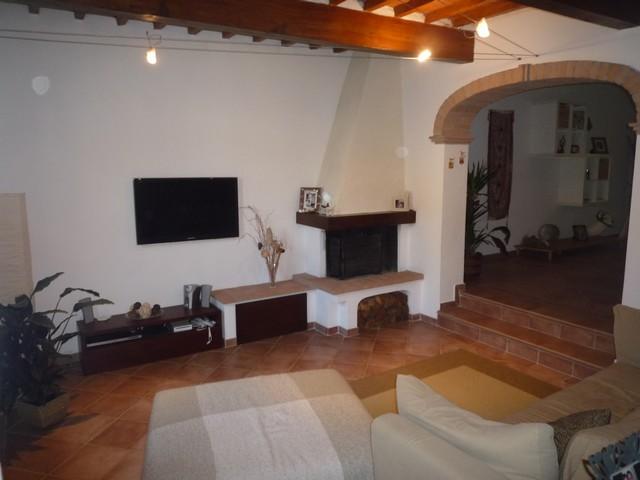 Soluzione Indipendente in vendita a Cascina, 6 locali, zona Località: SanBenedetto, prezzo € 550.000   Cambio Casa.it