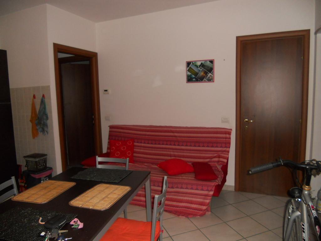 Appartamento in affitto, rif. AC5068