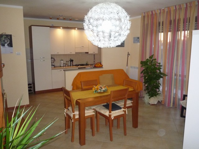 Appartamento in affitto a Cascina, 3 locali, zona Località: SanFredianoaSettimo, prezzo € 600 | Cambio Casa.it