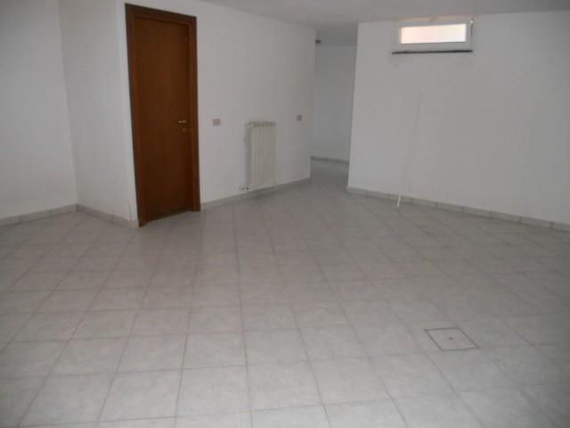Villa in vendita a San Giuliano Terme, 5 locali, zona Zona: Agnano, prezzo € 500.000 | Cambio Casa.it