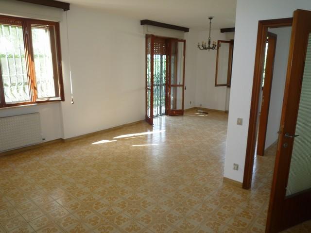 Appartamento in vendita a Pisa, 5 locali, zona Località: LaVettola, prezzo € 298.000 | Cambio Casa.it