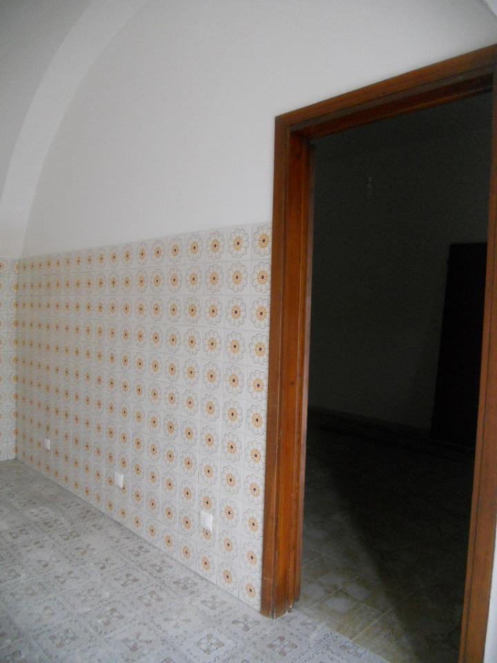 Soluzione Indipendente in affitto a Cascina, 2 locali, zona Zona: Marciana, prezzo € 450   Cambio Casa.it