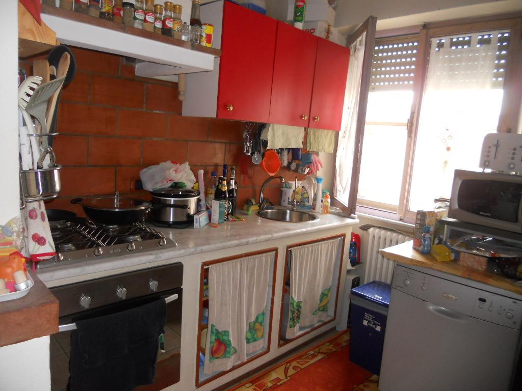 Appartamento in affitto a Cascina, 2 locali, zona Località: Centro, prezzo € 550 | Cambio Casa.it
