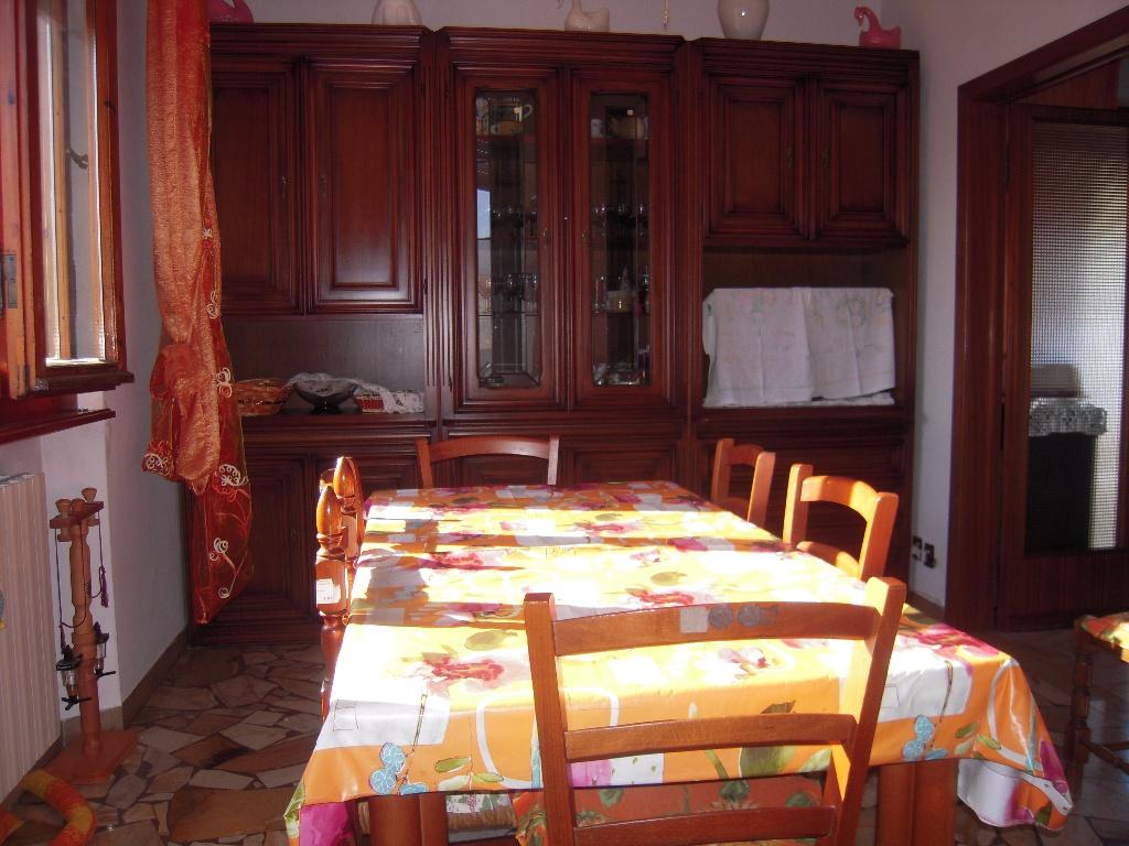 Appartamento in vendita a Cascina, 4 locali, zona Località: SanLorenzoalleCorti, prezzo € 210.000 | Cambio Casa.it