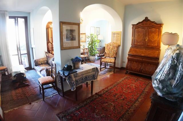 Appartamento in affitto a Pisa, 5 locali, zona Località: S.aMaria, prezzo € 1.400 | Cambio Casa.it