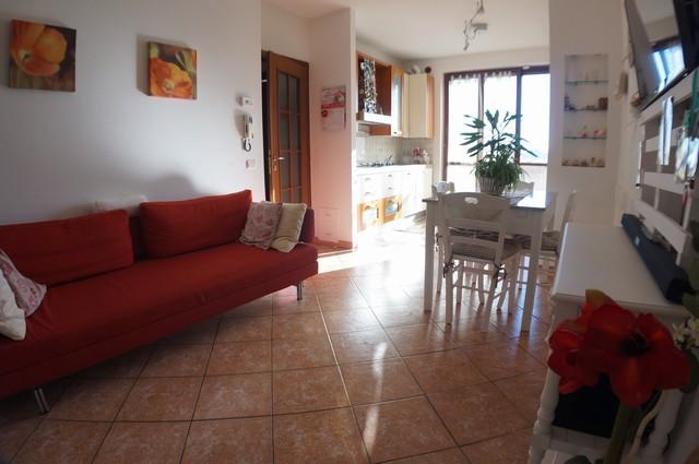 Appartamento in vendita a Buti, 3 locali, zona Zona: Cascine, prezzo € 109.000 | Cambio Casa.it