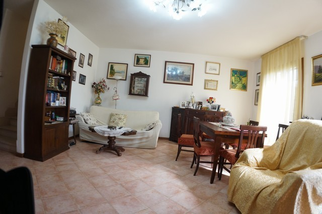 Villetta a schiera in vendita, rif. AC5897